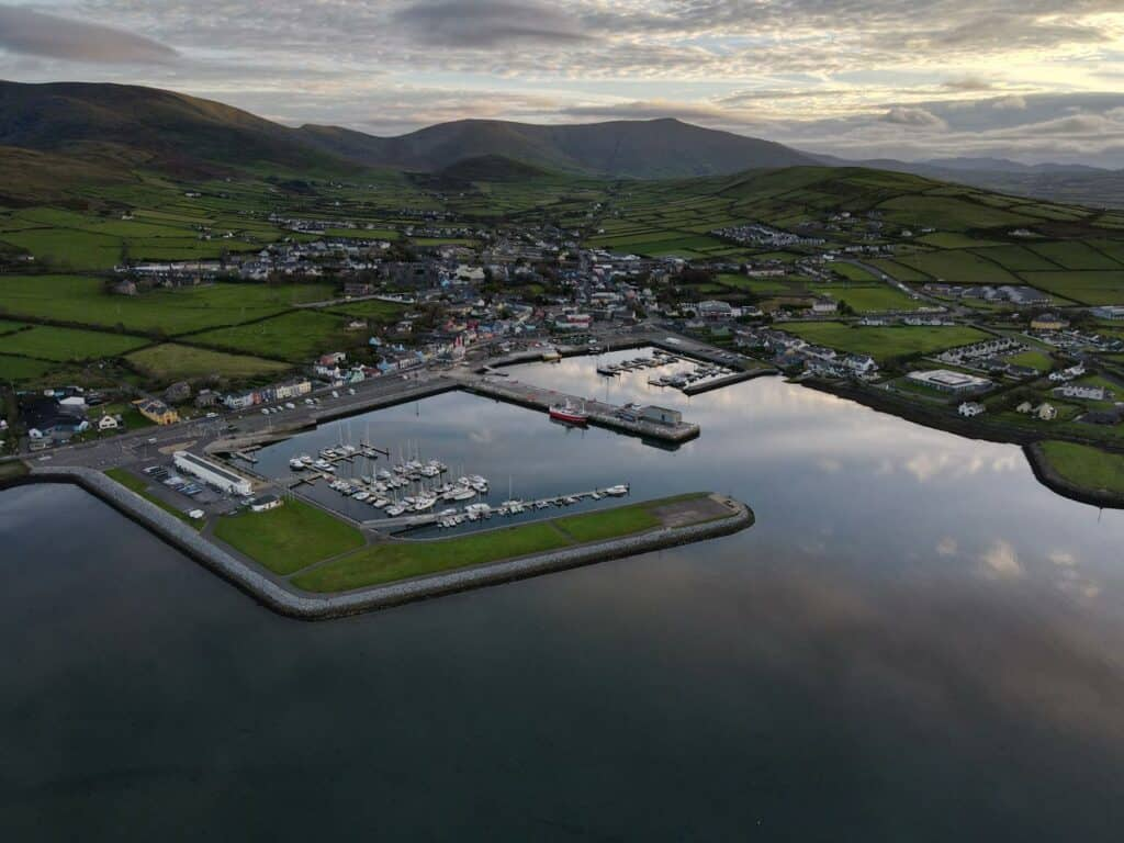 Dingle Coaches: Dingle Harbour